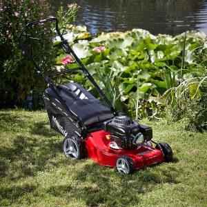 mountfield-self-propelled-lawnmower