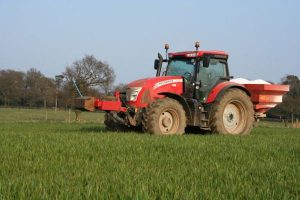 mccormick-x7-pro-drive-tractor-2
