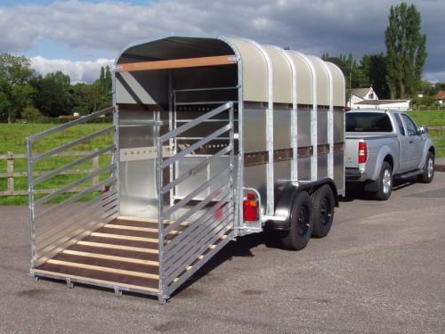 bateson-livestock-trailer