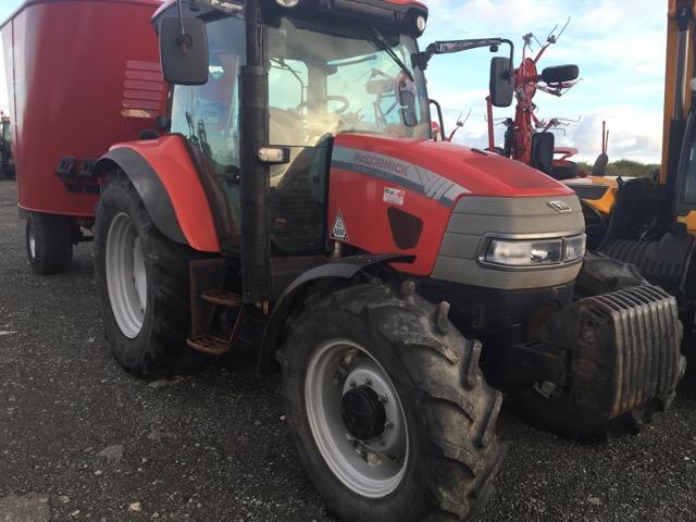 mccormick-cx110-dlx-tractor
