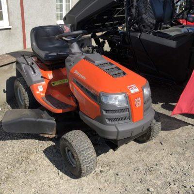 Husqvarna LT151 Lawn Tractor